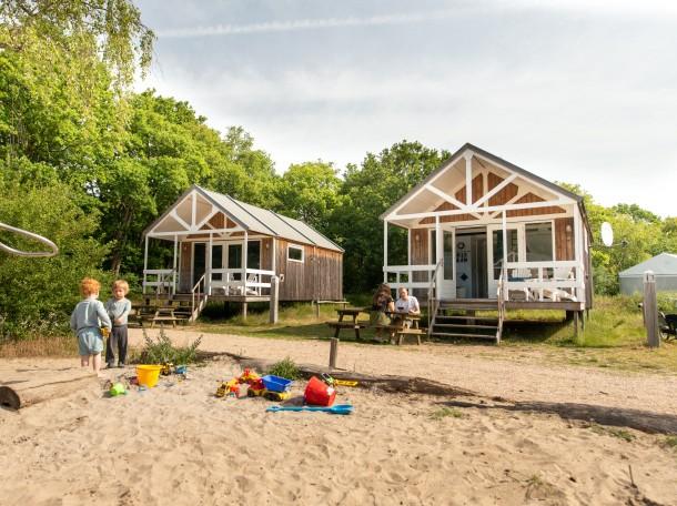 Strandhuisje spelen duinen kennemerland camping geversduin