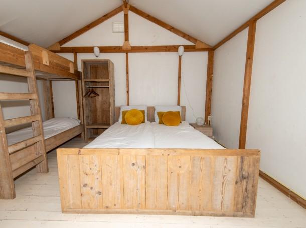 Tenthuisje slaapkamer.jpg